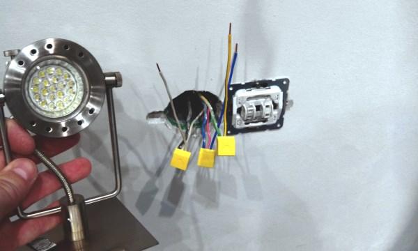 Мастер на час установка светильника: демонтаж старой розетки и подключение выключателя