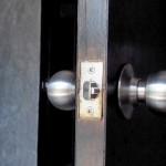 Мастер на час Новослободская: замена дверной защёлки