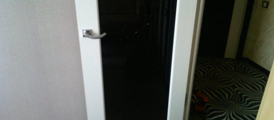 Мастер на час Багратионовская - необходимо перевернуть дверь