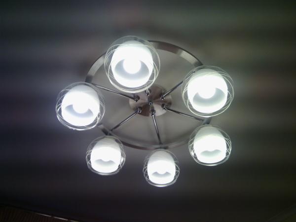 Мастер на час Фили, замена светильника на кухне - новый светильник